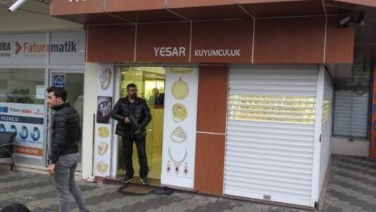 Sultanbeyli'de Silahlı Kuyumcu Soygunu