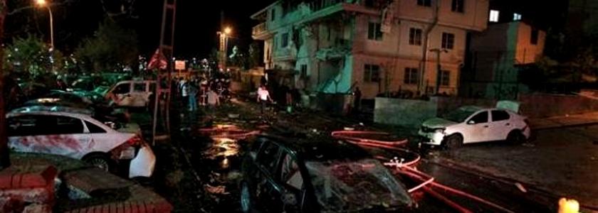 Sultanbeyli'de Karakola Saldıran 3 Terörist Tespit Edildi
