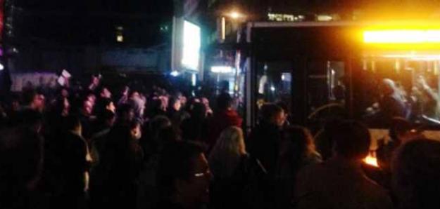 Sultanbeyli Halkının Otobüs İsyanı