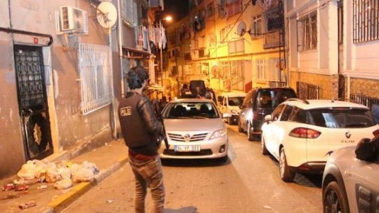 http://www.sultanbeylim.com/haberler/sultanbeylide-teror-operasyonu