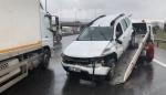 Kayganlaşan Yolda Kontrolden Çıkan Otomobil Takla Attı