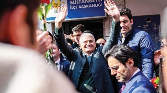 Sultanbeyli'de 50 Hak Sahibine Tapu Verildi