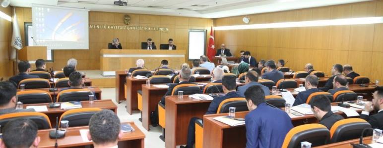 https://www.sultanbeylim.com/haberler/yeni-meclis-ilk-oturumunu-yapti