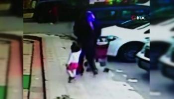 Bebek Arabasını Çaldı, Kendi Çocuğunu Koydu