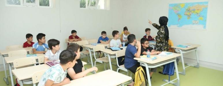 https://www.sultanbeylim.com/haberler/genclik-merkezlerinde-yaz-okulu-heyecani