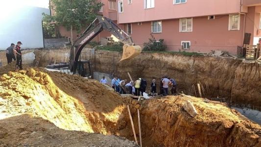 Sultanbeyli'de Göçük Meydana Geldi: 1 Kişi Yaralı