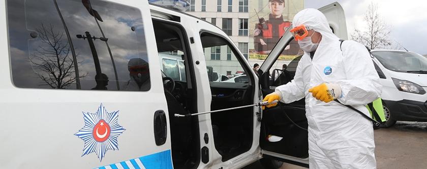 Minibüsler ve Emniyet Araçları Dezenfekte Edildi