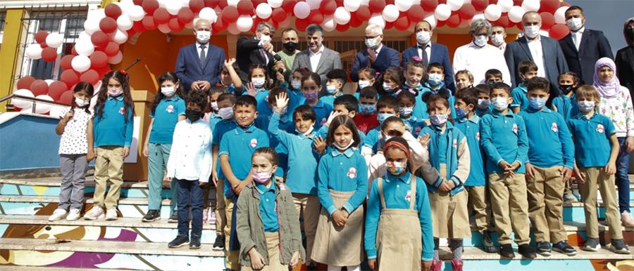 Sultanbeyli'de Öğrenciler Ders Başı Yaptı